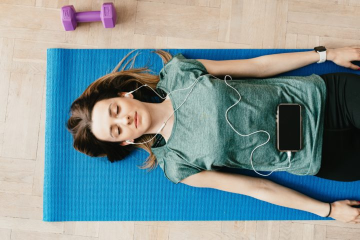 6 Meditation Techniques on Evolve to Sleep Faster, Stress Less