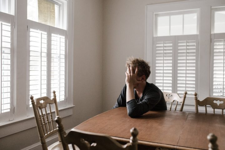 5 Do's & Don'ts To Navigate Breakup Stress